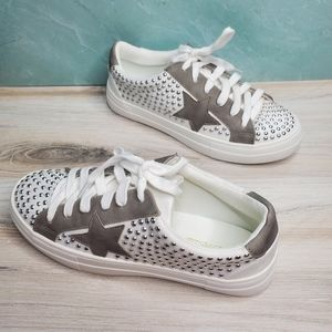NEW Star Studded White Grey Lace Up Sneakers